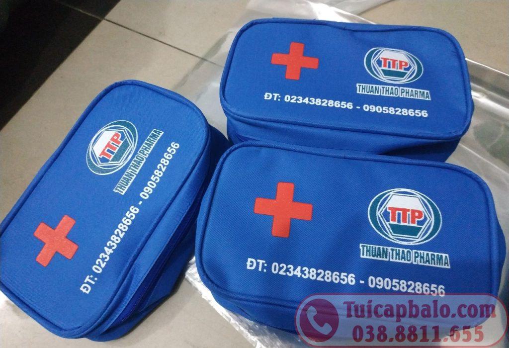 sản xuất túi y tế quà tặng in thêu logo khách hàng
